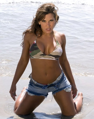 Mickie James posed nude in her younger days